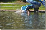die Wasserrutsche am Badesee