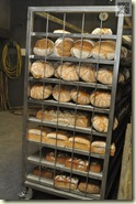 frisch gebackenes Holzofenbrot