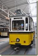 Ostereier-Suche in der Straßenbahn