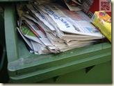 unser Wochenblatt im Papiermüll beim Nachbar