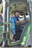 Mitfahrt im Traktor